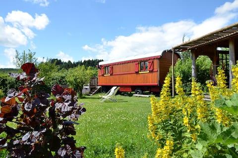 Gipsy caravan near Cluny, Burgundy