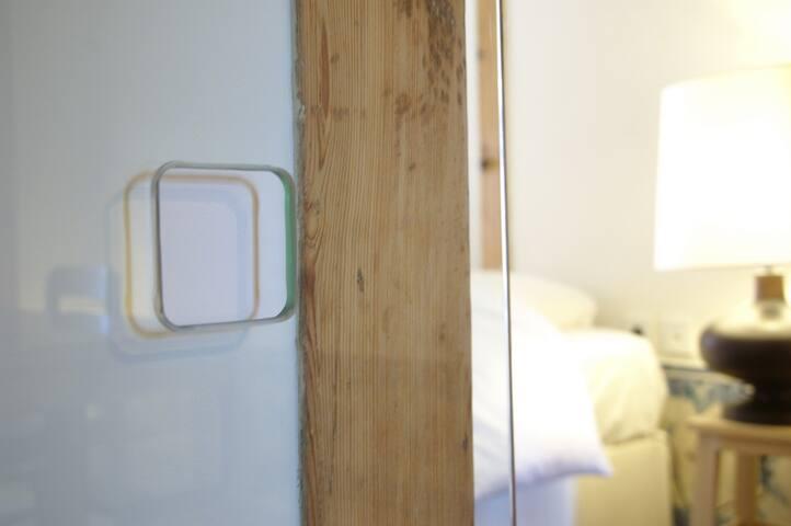 dinning room's glass sliding doors