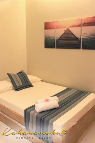 1 Double and 1 Single Bed (Triple Sharing)
