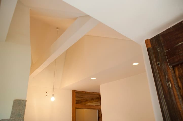 kitchen - ceiling detail