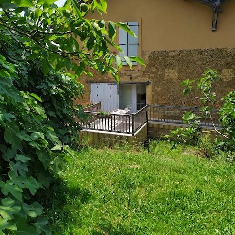 Gîte à la campagne dans le Gers ; vacances ou cure