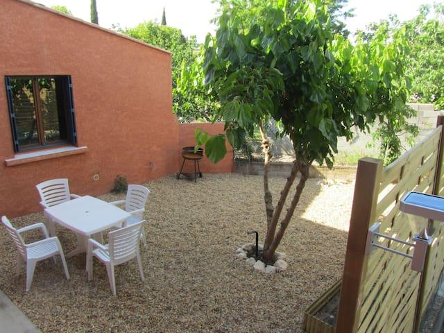 Petite maison dans joli village... - Caux - House