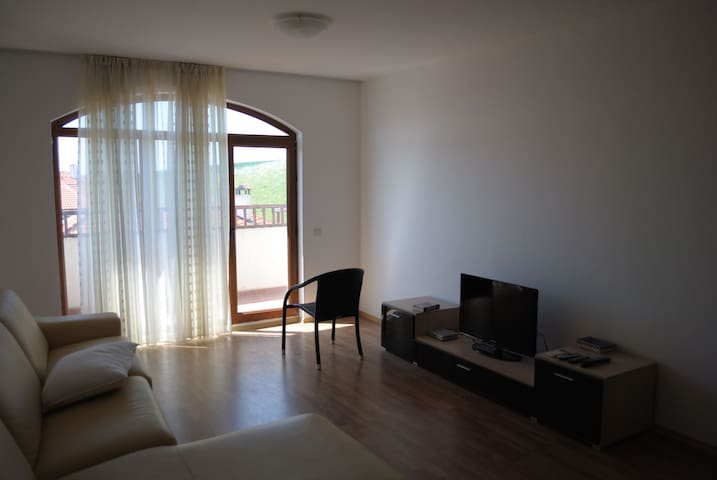 Уютный апартамент в комплексе - Aheloy - Apartment