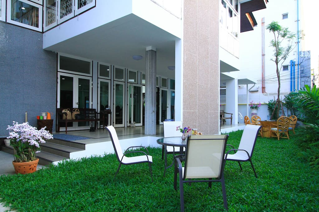 Enjoy Garden Space (photo take for advertising)