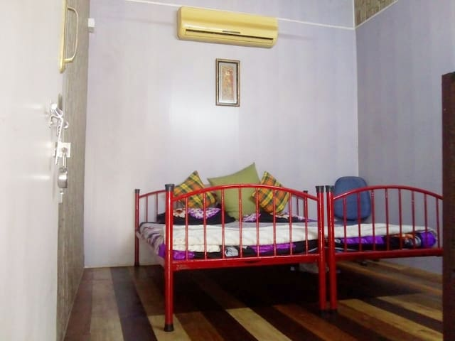 Private 2Bedrooms/wash room-Top Location,4G Wifi,