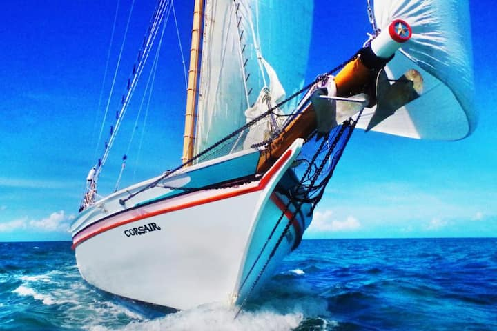 Private Cruise on Classic Sail Ship incl fullboard