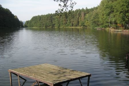 Chatka u rybníka Chobot - Skjul