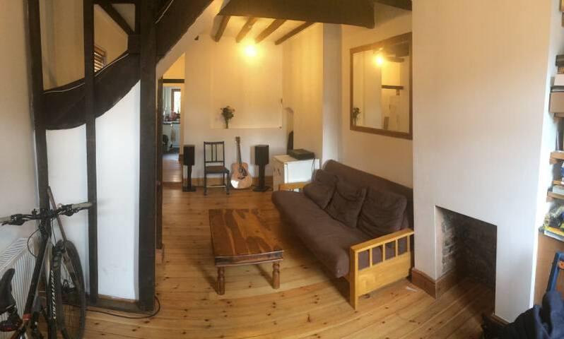 Private room in central Windsor - Windsor - Casa
