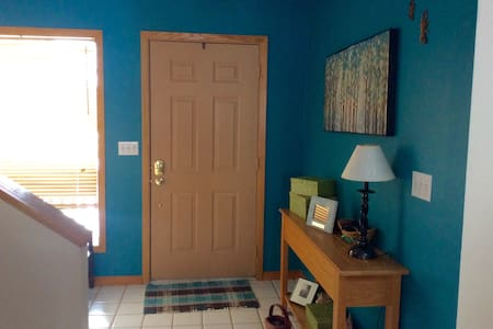 Highland Homestay Combo Rooms - Elkins - 一軒家