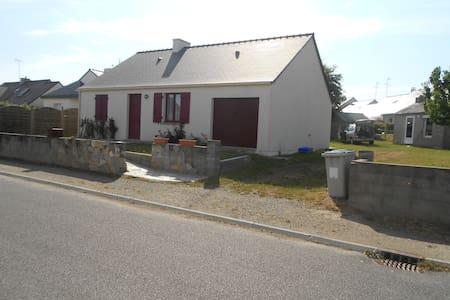 Maison avec jardin proche mer - Saint-Molf - 独立屋