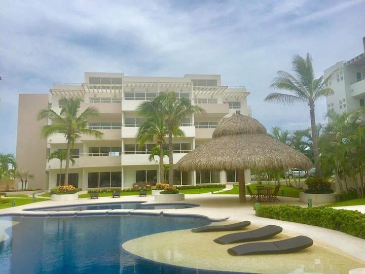 Departamento Nuevo en Punta Diamante , Acapulco .