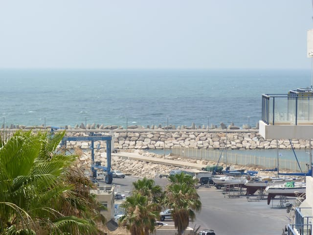 """""""SEA"""" Apartment near the beach."""