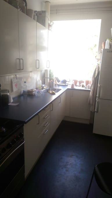 Brighter picture of kitchen