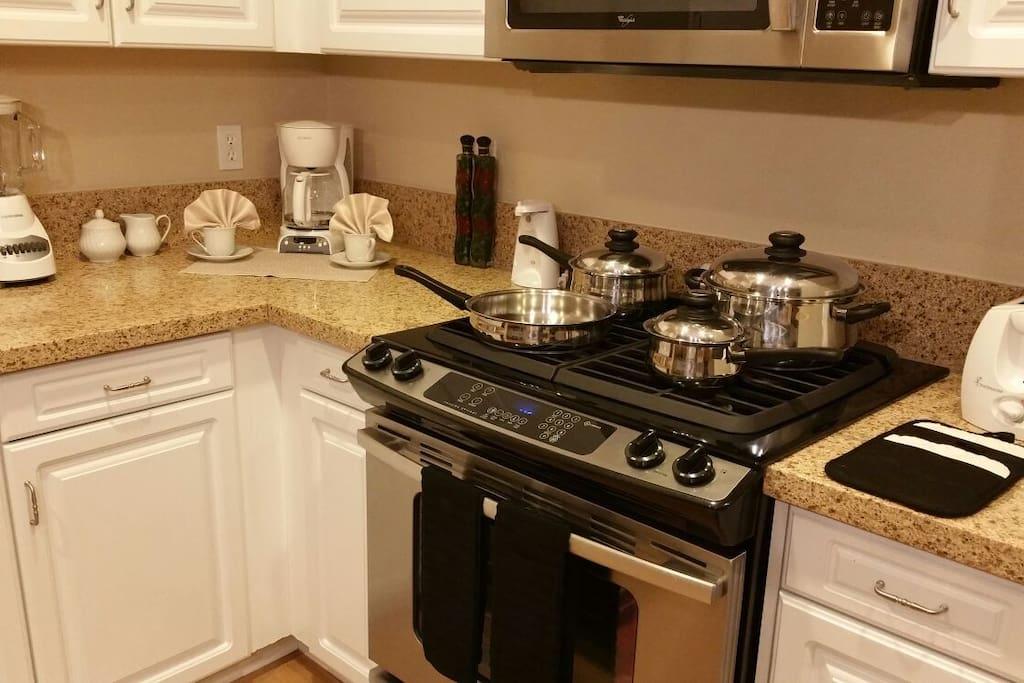 2 Bedroom Luxury Apart In Irvine Apartments For Rent In Irvine California United States