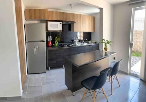 Casa cómoda con Jacuzzy y terraza