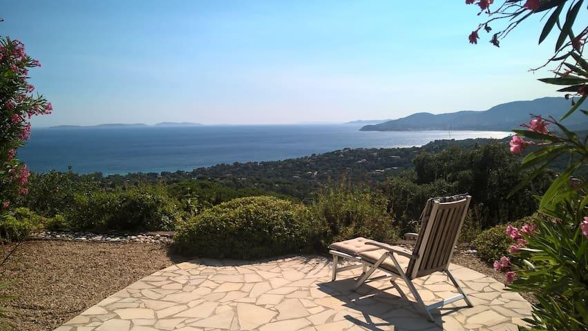 Apartment with fantastic sea view - La Croix-Valmer - Apartemen