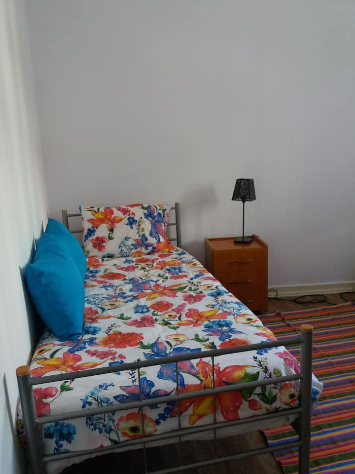 Single room in Center of Coimbra