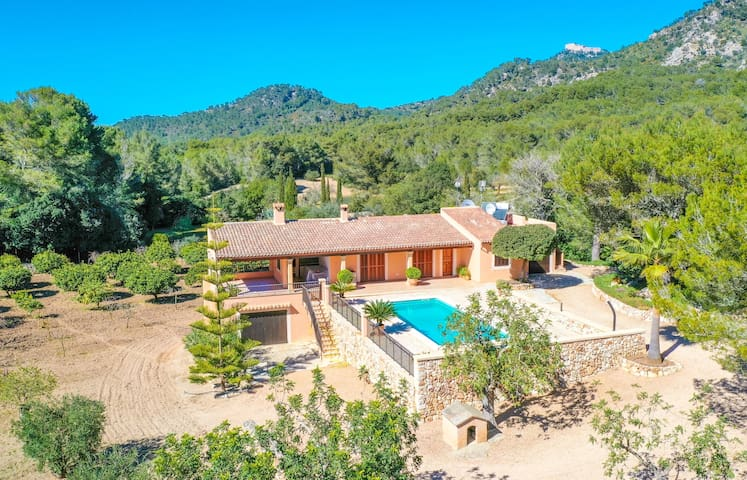 Villa Bell LLoc in picturesque place with countryside views