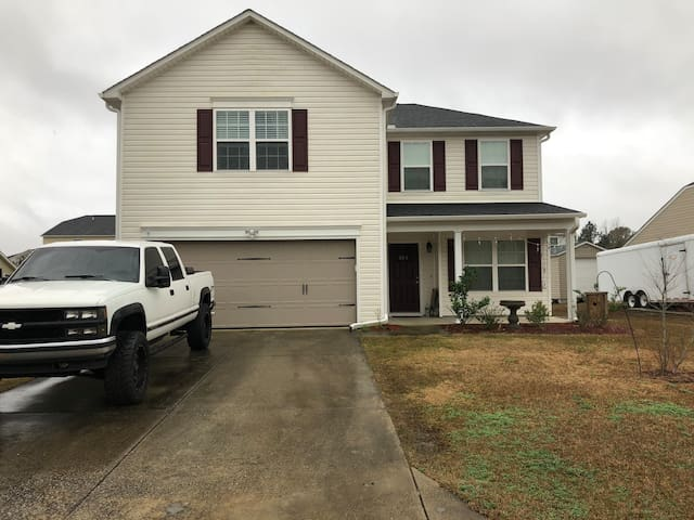 Longs Home 30 minutes from Myrtle Beach