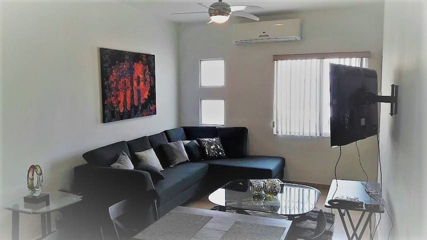 Great apartment 2 bedrooms, kitchen, laundry room