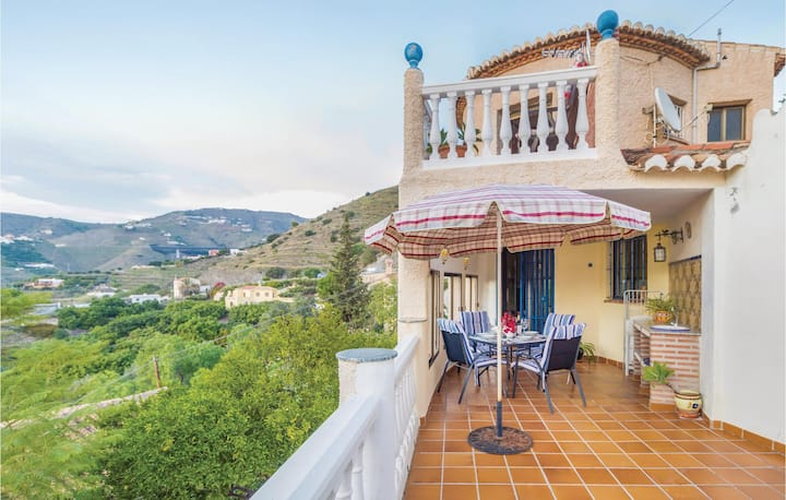 Holiday cottage with 3 bedrooms on 92m² in Almuñecar