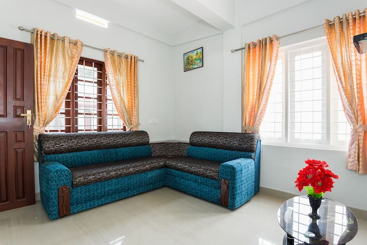 Modern 2 Bed room Apartment at Cochin