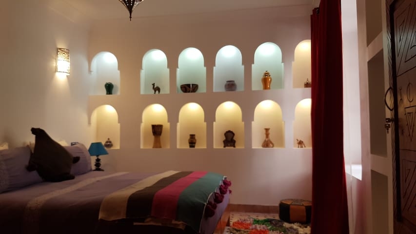 Très belle chambre d'Hôtes avec petite Kitchinette