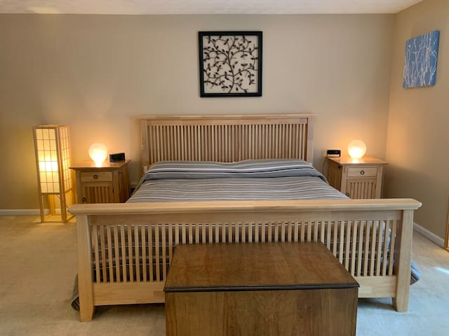 Walk to Decatur Suite - No Cleaning Fee