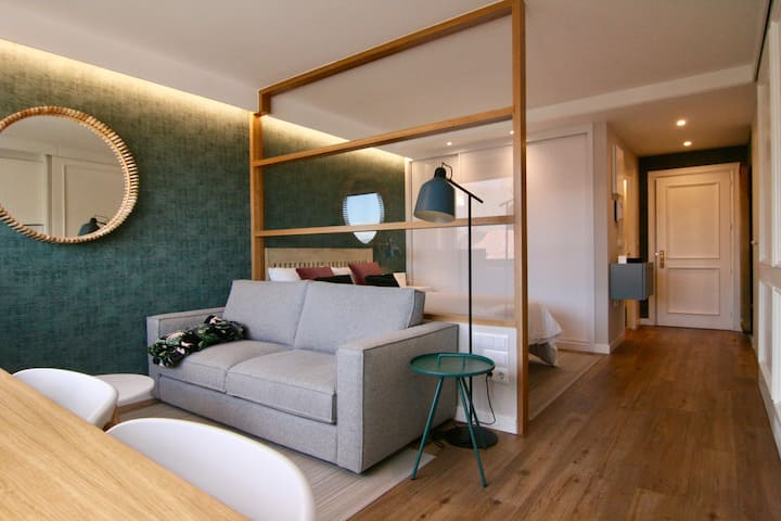 Moderna suite en la Puerta del Sol.