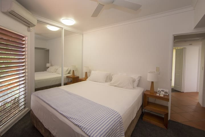 Beaches No 4 - Main Bedroom with king bed