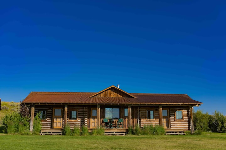 The Double J Ranch Cabin