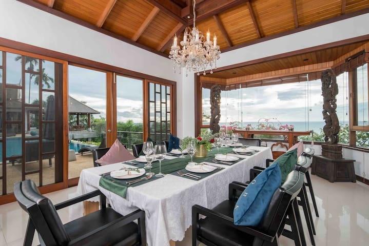 Dinning Room , 餐厅