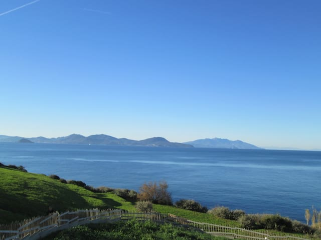 The sea before the front door! - Piombino