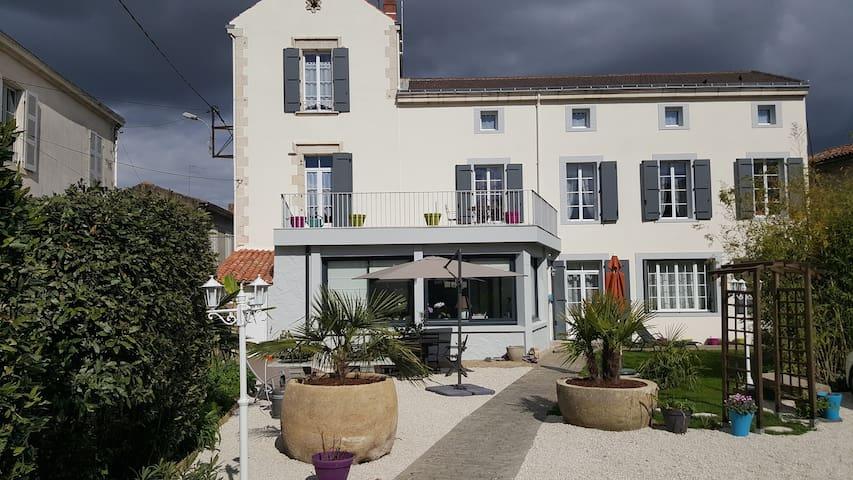 Très beau meublé 2-4 pers. Sud-Vendée Luçon - Luçon - Wohnung