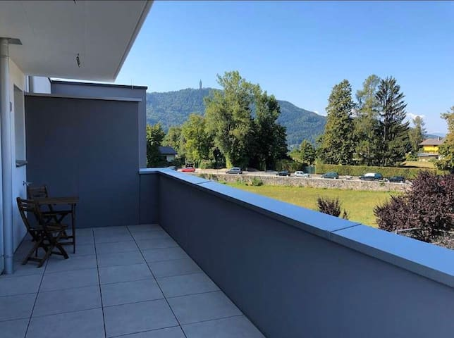 Penthouse with lake view - 2 min zu Fuss zum See