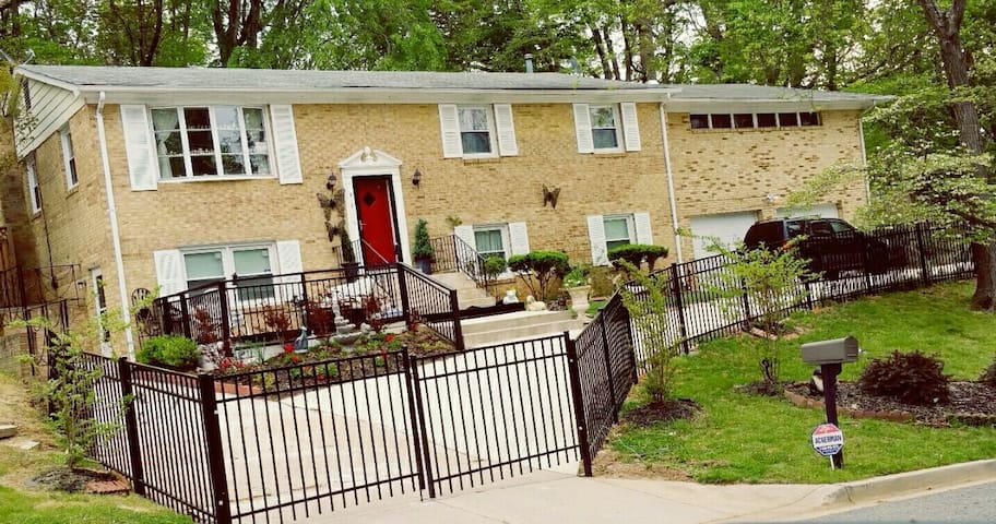S&W BNB  located in the Ft Washington MD - Fort Washington