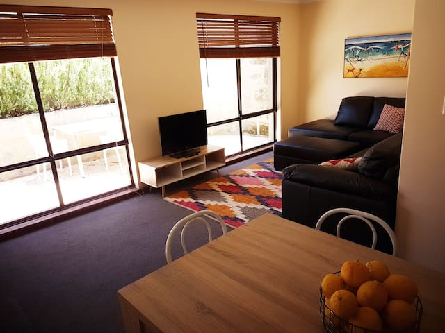 New Self- Contained Unit in Cottesloe