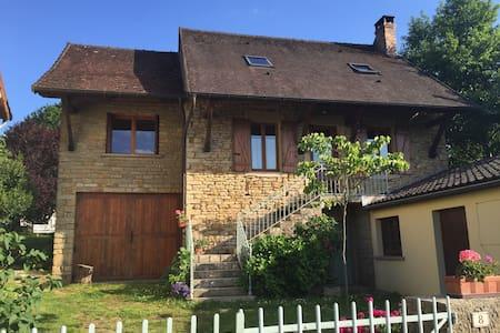 Maison bourguignonne de caractère - Jully-les-Buxy