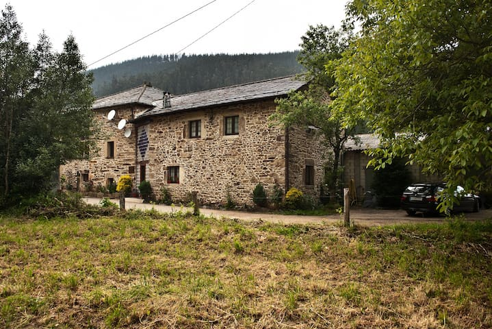 casa  rural  madreselva - Navelgas