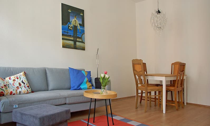 Schöne Altbauwohnung in Park-,Fluss- u. Citynähe - Leipzig - Apartamento