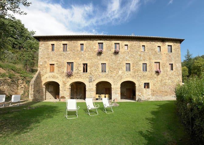 Antico Convento I Cappuccini - Villa in Montalcino
