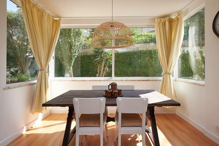 Sunny 2BR-garden-beach-surf - Cascais - Apartemen