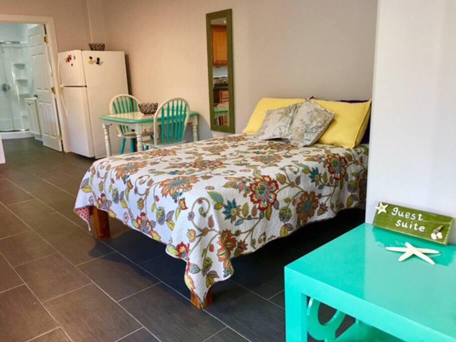 custom frame twin bed