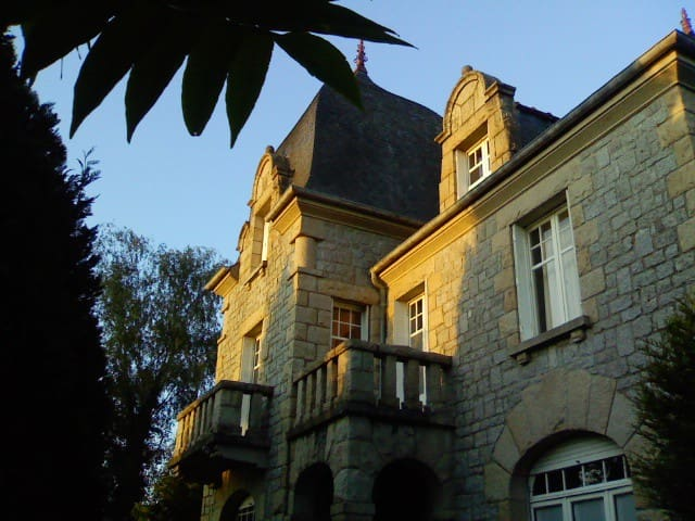 BRITTANYBEAUTIFUL HOUSE FOR 10 PERS - Saint-Samson-sur-Rance - House