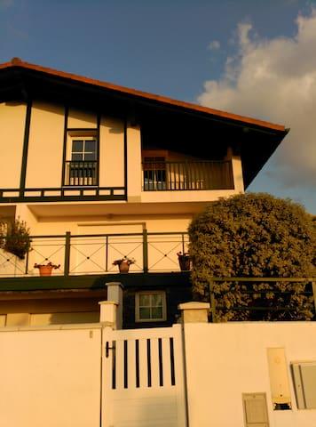 Apartamento  en villa bifamiliar - Hendaye - Adosado