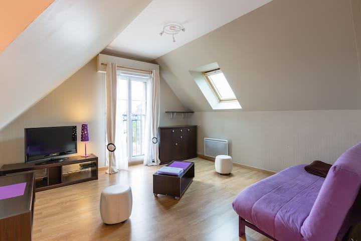 appartement dans un immeuble neuf - Saint-Jouan-des-Guérets - Huoneisto