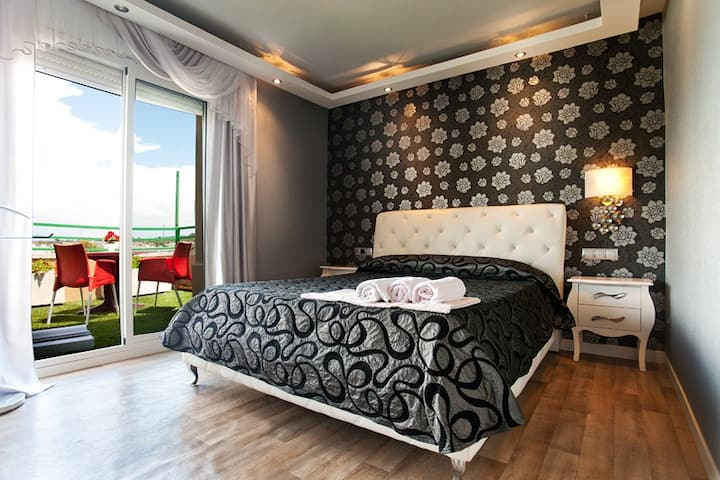 Luxury rooms to rent in Salou