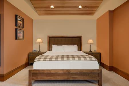 Brasada Ranch Powell Butte - Brasada Cabin Guestroom