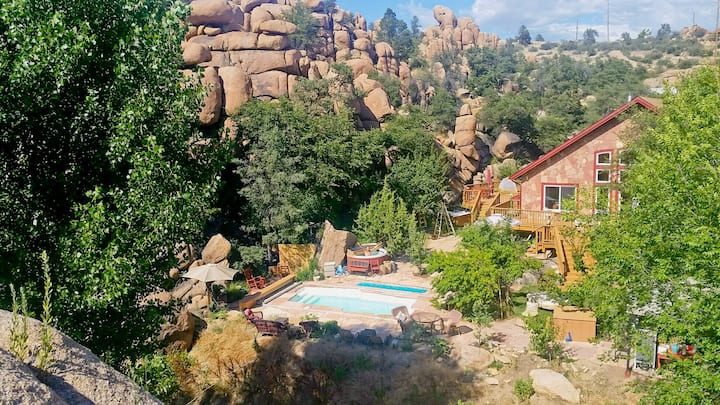 Healthy Majestic Suite in the Granite Dells