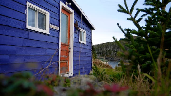 EAST COAST NEWFOUNDLAND BARN